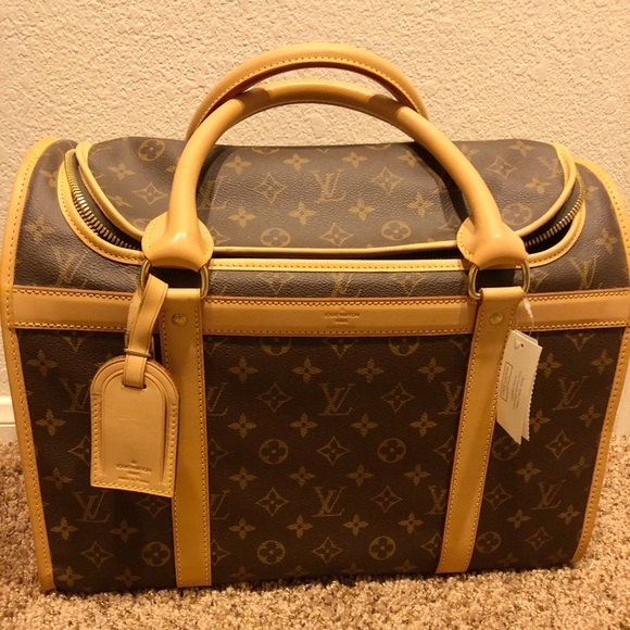 29cc3cdf53f Authentic Louis Vuitton Dog Carrier Sac Chein 40